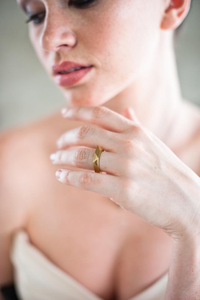 Architecture-Origami-Styled-Wedding-Shoot-Laban_004