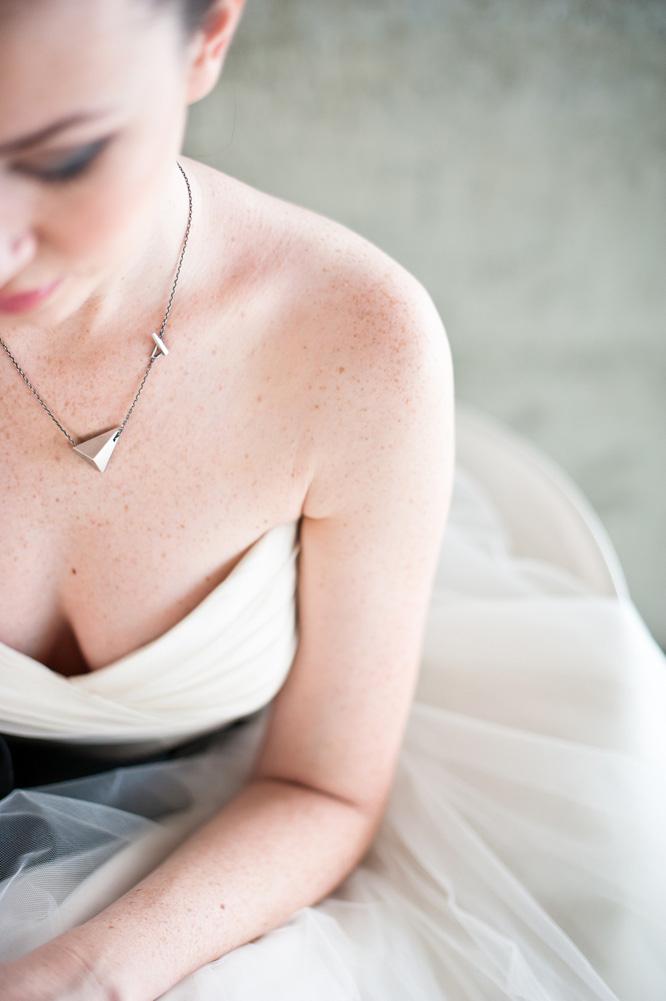 Architecture-Origami-Styled-Wedding-Shoot-Laban_010