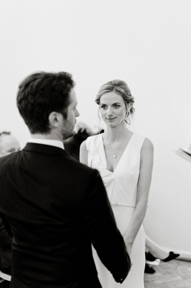 exchanging vows black and white photo at one marylebone