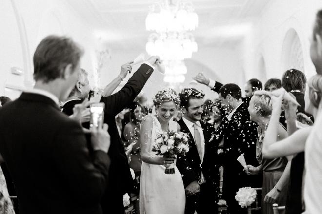 one marylebone wedding confetti photo black and white